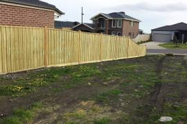 Capped 5x5 fence