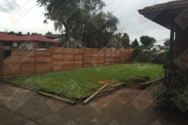 Merbau front fence stepped (Rear)